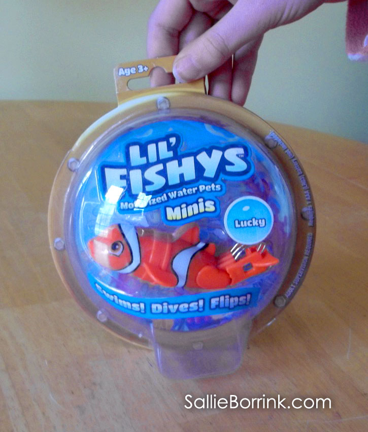 Lil' Fishys Minis package with Lucky the Clownfish