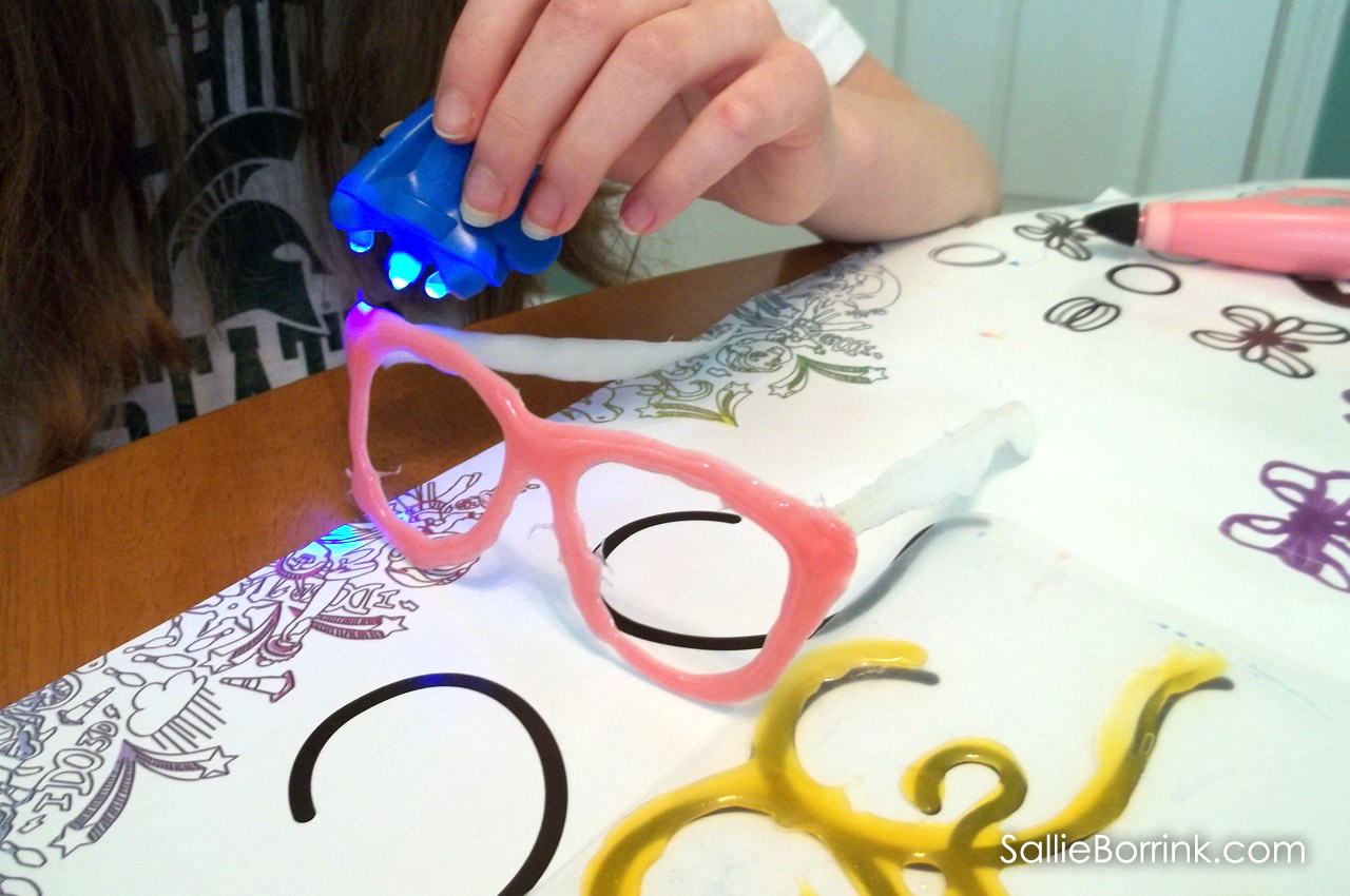 Three dimensional glasses created with IDO3D art pens!