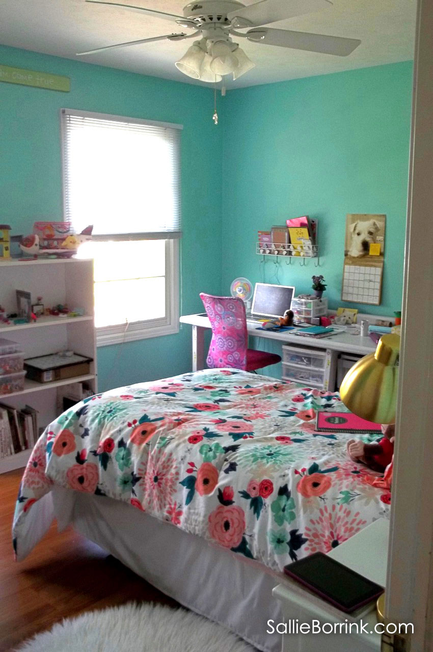 Tween Girl Bedroom with Green Walls