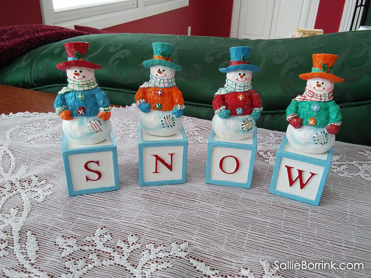 Snowmen that spell out words